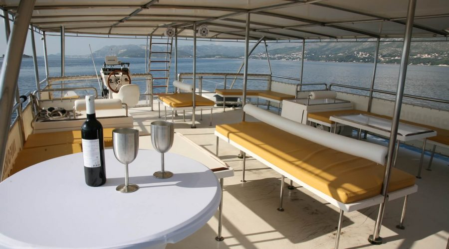 inside epidaurum catamaran